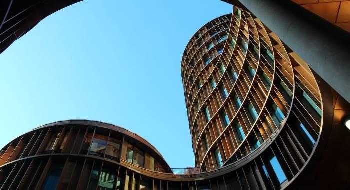 Immeubles modernes arrondis